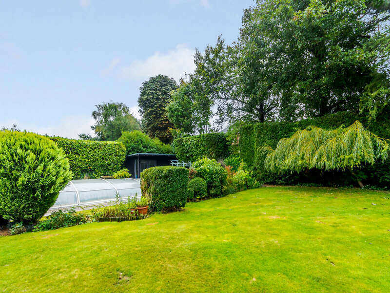 Dunstarn Gardens, LS16